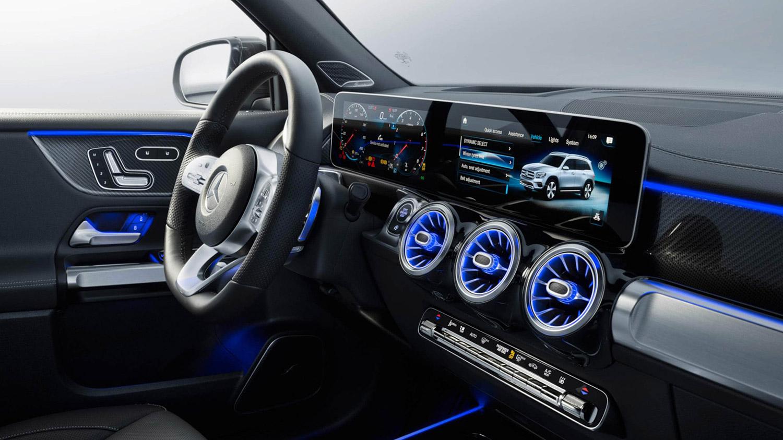 SUV design features in the interior
