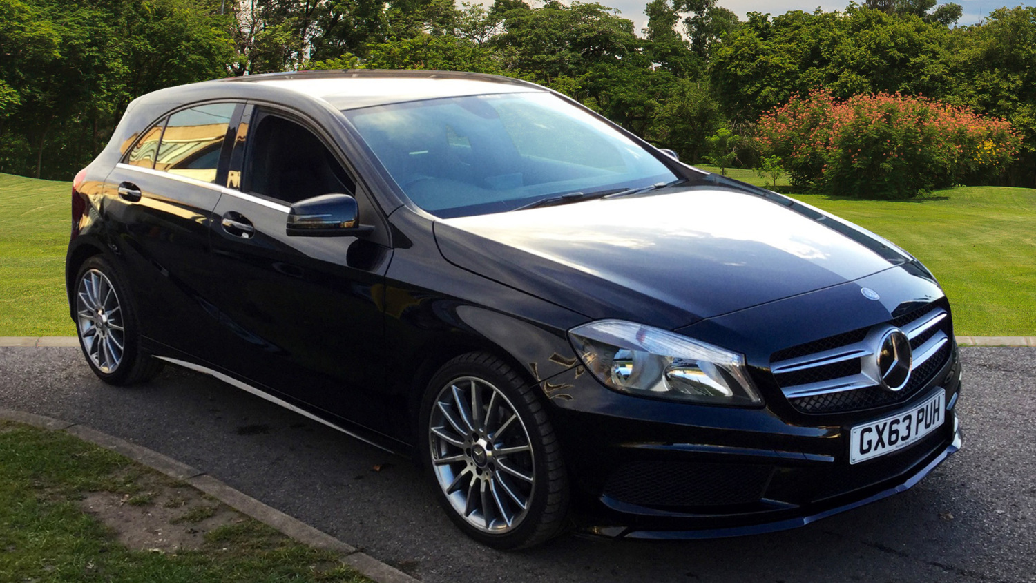 used mercedes benz a class a200 cdi blueefficiency amg. Black Bedroom Furniture Sets. Home Design Ideas