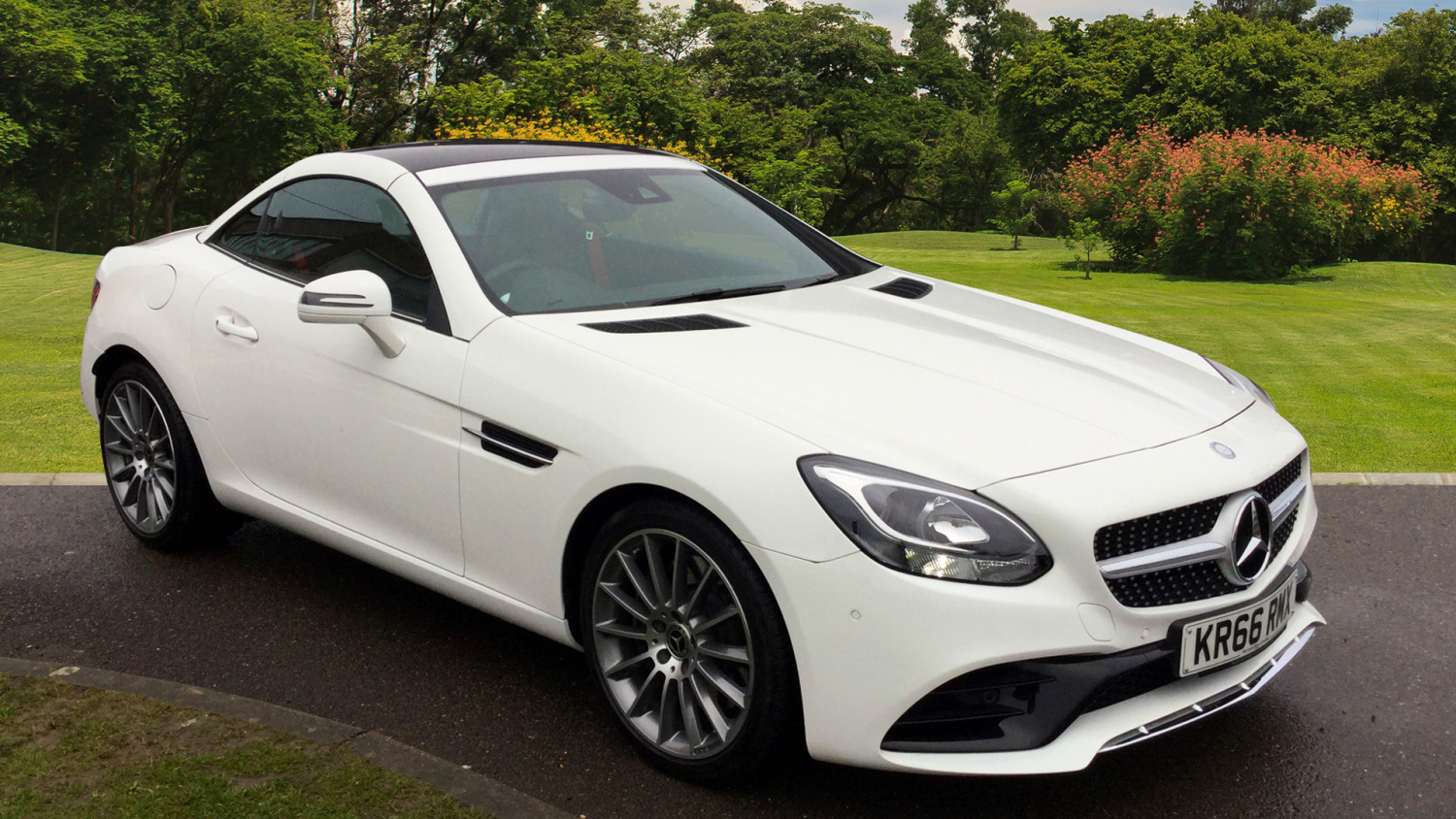 Used mercedes benz slc slc 200 amg line 2dr 9g tronic for Mercedes benz financial phone number
