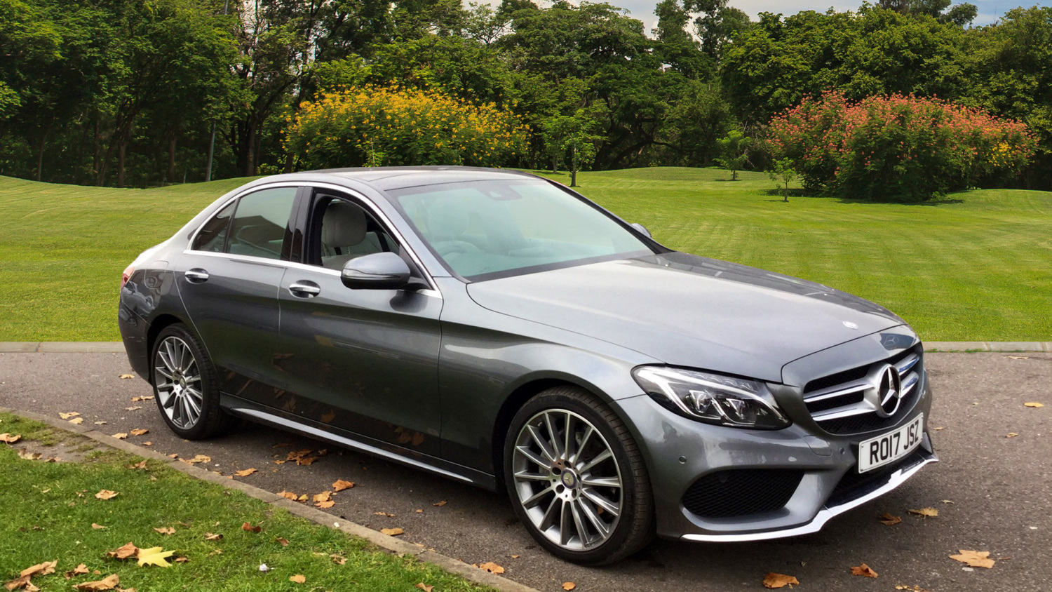 Used mercedes benz c class c220d 4matic amg line premium for Used mercedes benz c300 4matic for sale