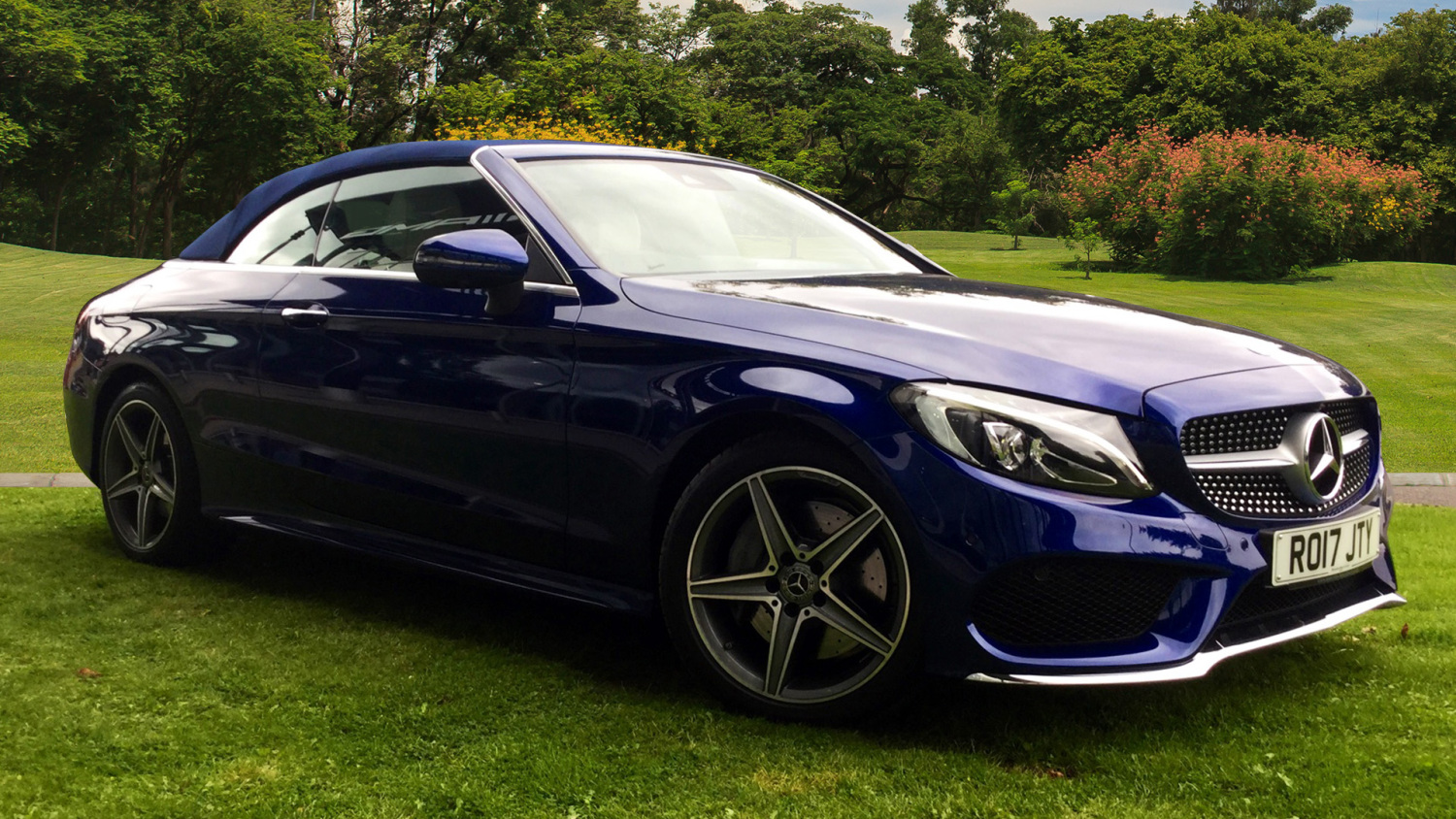 Used mercedes benz c class c250d amg line premium plus 2dr for Mercedes benz c class for sale used